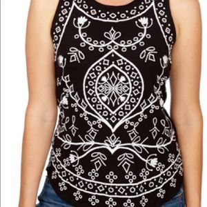 Lucky Brand Embroidered Tank Small